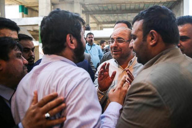 حواشی حضور قالیباف در مسجد ارشاد اهواز