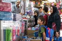 امام جمعه ایلام: بازاریان سربازان خط مقدم جنگ اقتصادی هستند
