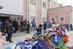 خیر مدرسه در بیرجند به دانش آموزان برتر دوچرخه اهدا کرد
