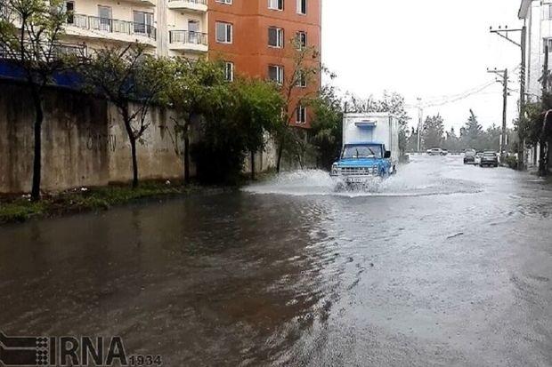 باران و آبگرفتگی معابر در آستارا