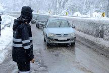 برف گردنه های امین الله و تنگه ترکمن خراسان شمالی را بست