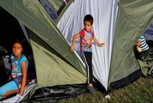 مرگ یک کودک مهاجر دیگر در بازداشتگاه های مرزی آمریکا؛تعداد قربانیان به 6 کودک رسید