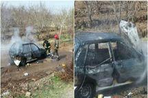 آتش گرفتن خودرو در نیشابور چهار نفر را مصدوم کرد