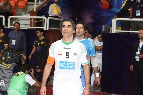 تلاش فدراسیون فوتبال برای حفظ رکورد جهانی توسط کاپیتان سابق ایران