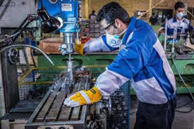 ضرب آهنگ توسعه صنعتی رهاورد انقلاب اسلامی در خمین