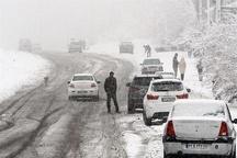 ریزش بهمن و ترافیک سنگین در جاده کرج - چالوس