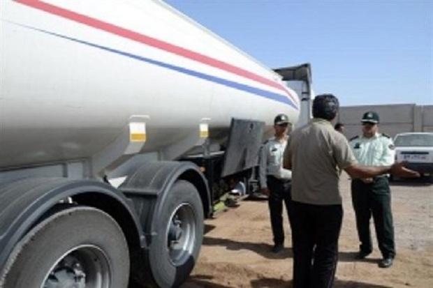 تانکر حامل 27 هزار لیتر مالچ نفتی قاچاق در آبادان توقیف شد