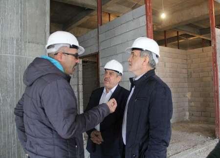 بازدید نایب رئیس مجلس از طرح توسعه بیمارستان امام خمینی (ره) ارومیه