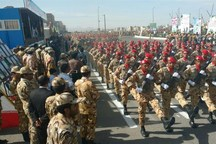 مراسم رژه نیروهای مسلح در زنجان برگزار شد