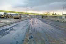 اداره راه هشترود با قیرپاشی جاده عامل سوانح رانندگی شده است