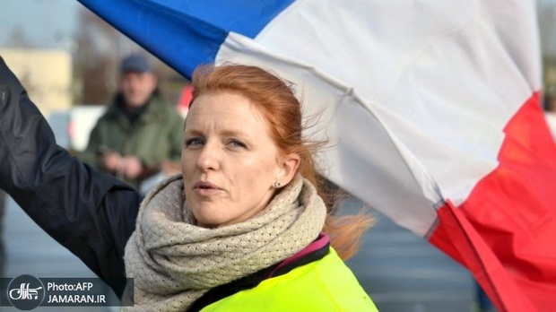 عکس/ نخستین راهپیمایی زنان «جلیقه زرد» در فرانسه