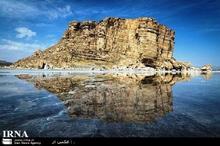 دریاچه ارومیه چشم انتظار عیادت گردشگران
