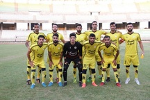 تیم فوتبال فجرسپاسی شیراز بیمار است