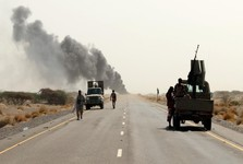 عربستان و امارات در پی شکست سنگین عملیات در غرب یمن را متوقف کردند