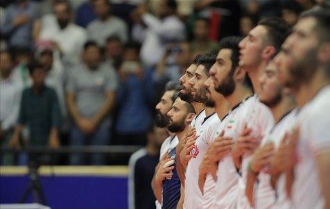 جیمی جامپ بازی تیم ملی والیبال ایران با روسیه در زمین چه کرد؟ +عکس