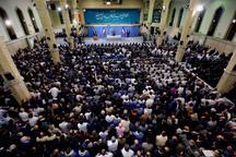 رهبر معظم انقلاب: «حضور مردم» سایهی جنگ را از سر کشور رفع کرده است/ تکرار میکنم که رأی مردم حقالناس است / به هر کسی تشخیص می دهید رای دهید