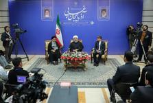 رئیس جمهور: بدون تردید مردم ایران مسیر توسعه را با وحدت، همدلی و کمک به یکدیگر ادامه خواهند داد/ وحدت و اتحاد مثالزدنی ادیان، اقوام و مذاهب در استان آذربایجان غربی بسیار ارزشمند است
