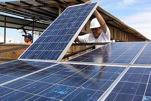 هدفگذاری کمیته امداد برای ساخت 20 هزار نیروگاه خورشیدی در کشور