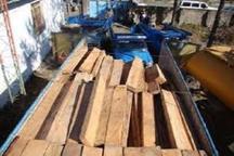 کشف چهار تن چوب جنگلی قاچاق در جاده خلخال ، اسالم