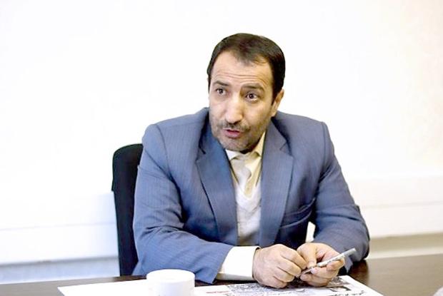 عضو کمیسیون برنامهوبودجه از دریافت کتابچه تخلفات نفتی دولت احمدینژاد خبر داد!