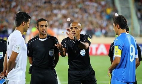 ناظر داوری دیدار ایران و ازبکستان در فدراسیون فوتبال حاضر شد