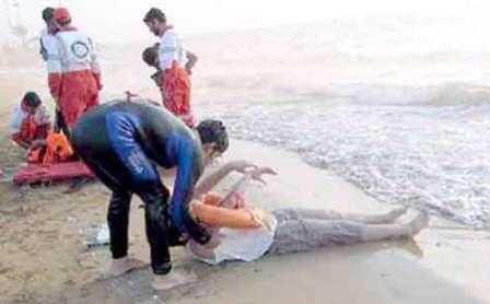 42 نفر در سواحل گیلان از غرق شدن نجات یافتند