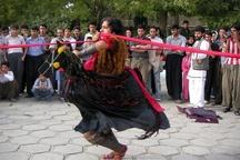 اجرای تئاتر خیابانی در سراسر گیلان همزمان با چهلمین سال پیروزی انقلاب