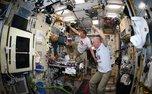 فضانوردان در حال تماشای بازیهای جامجهانی+ تصاویر