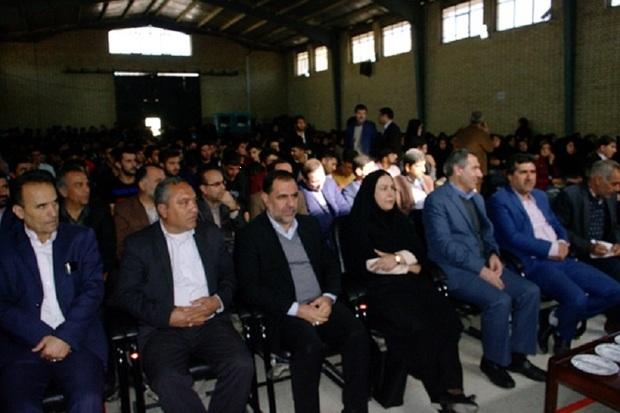 توسعه استان را نباید شخصی و سیاسی کرد