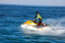 نخستین جشنواره تفریحات ساحلی و آبی در چالوس آغاز شد