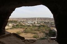 تصرف و ساخت و ساز پیرامون گورستان شماره پنج تیس چابهاررفع شد