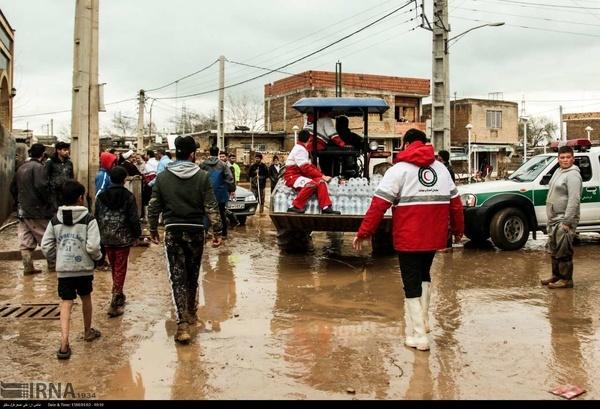 ارسال محموله کمکهای امدادی زنجان به استانهای سیل زده شمال کشور