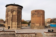 کاوش باستان شناسی در محوطه گنبدهای کبود و مدور مراغه آغاز شد